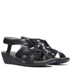 Baretraps 'Mirabella' black comfort sandals